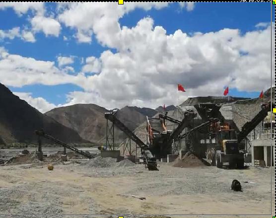 西藏则日格制砂机现场